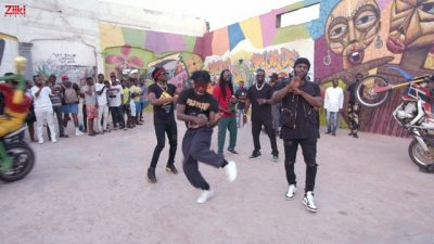 [Video] R2Bees – Yawa ft. Sarkodie